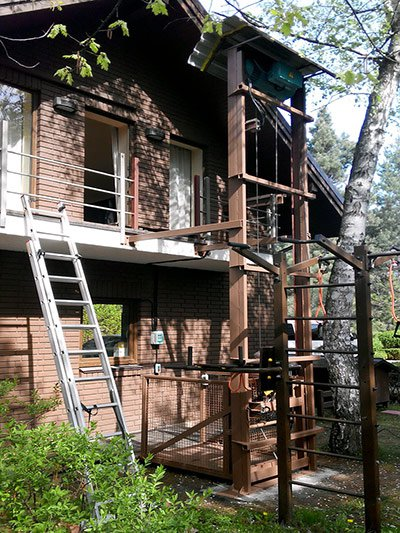 Консольный подъемник для поднятия груза на балкон, с. Козин