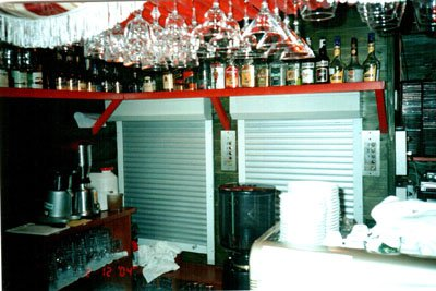 Ресторанний або кухонний ліфт-підйомник
