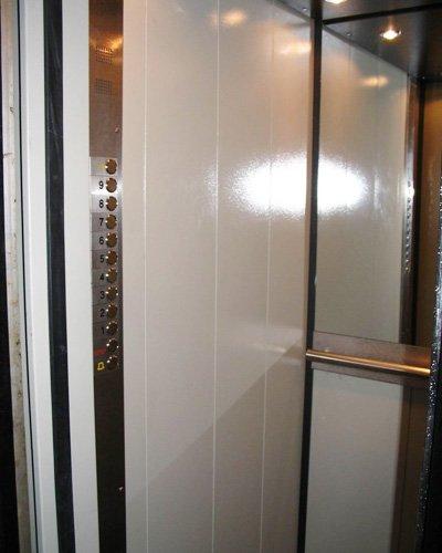 Заміна застарілого ліфтового обладнання в Києві